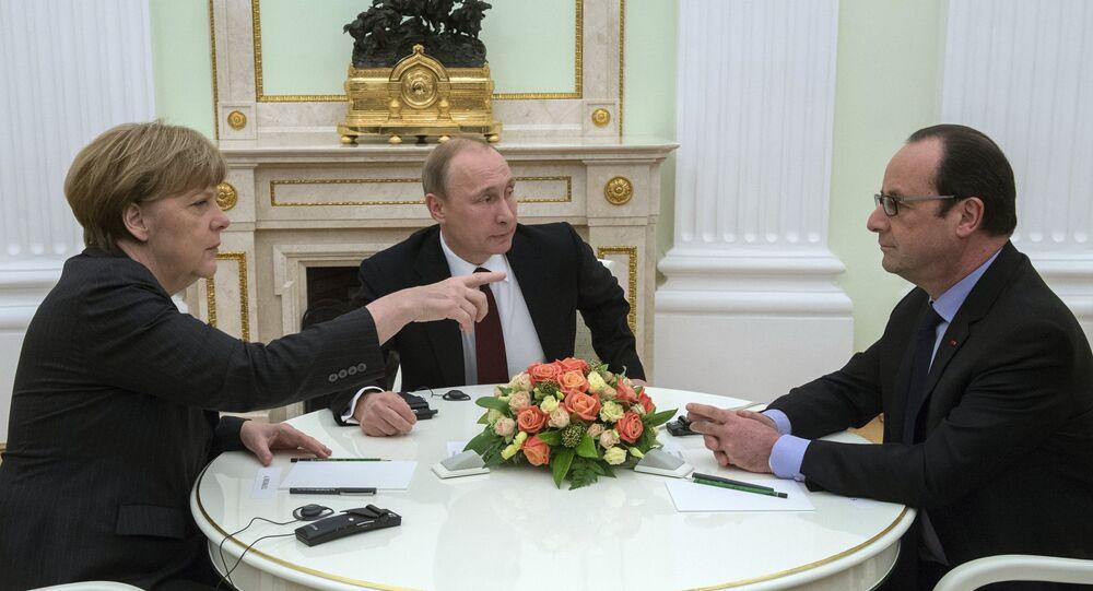 Rusya Devlet Başkanı Vladimir Putin, Almanya Başbakanı Angela Merkel, Fransa Cumhurbaşkanı François Hollande