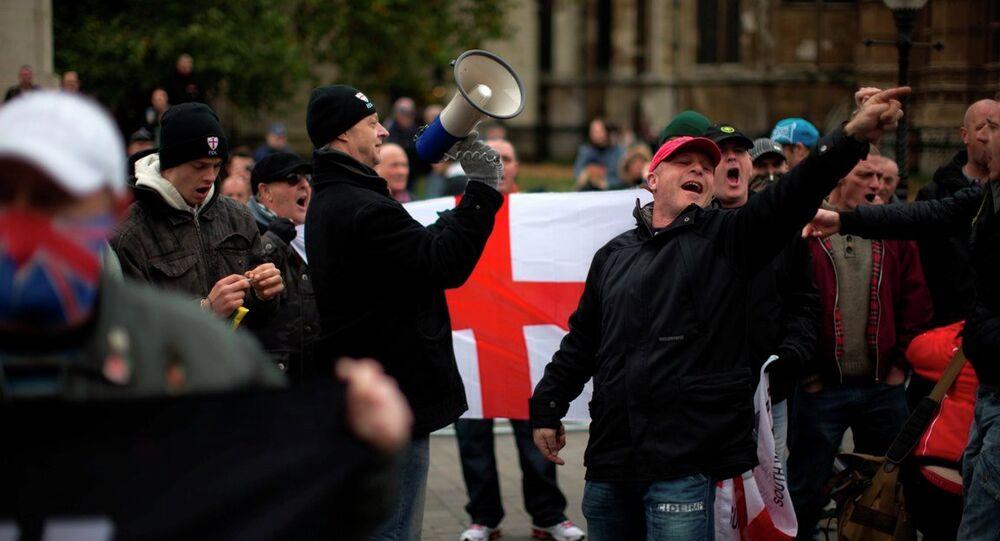 Müslüman karşıtı İngiliz Savunma Ligi