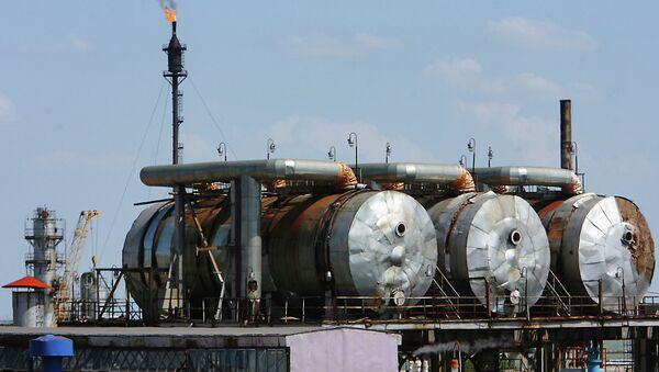 Orenburg'da doğalgaz tesisleri - Sputnik Türkiye