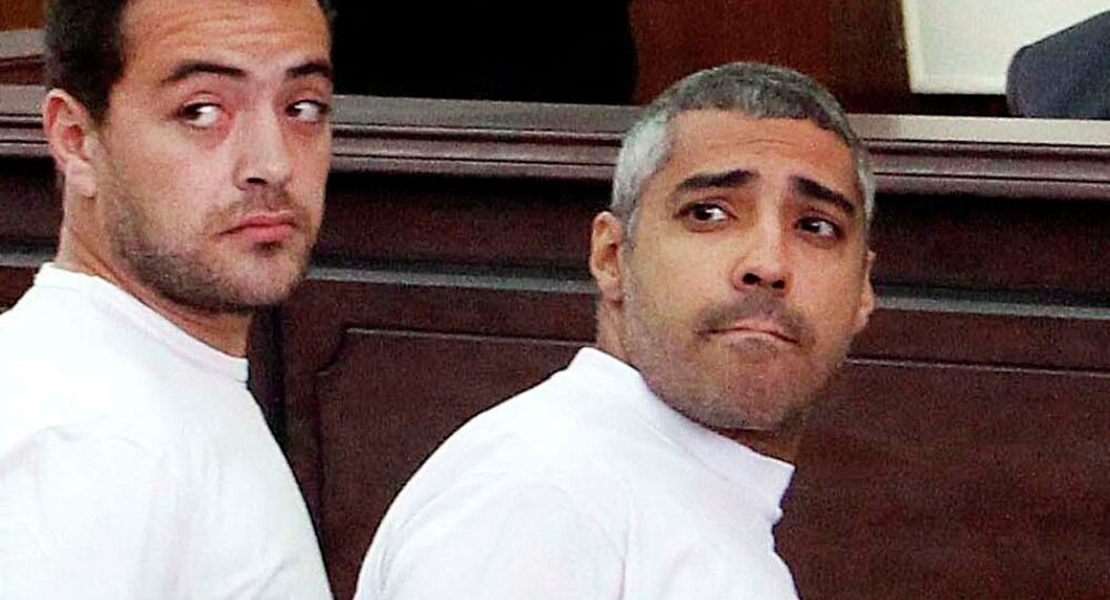 Mısır'da tutuklu  olan Al Jazeera muhabirleri