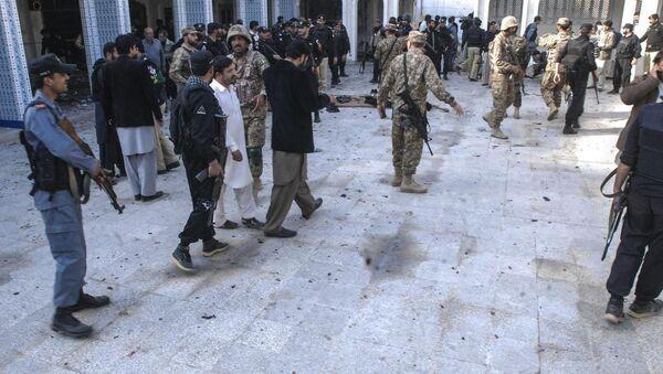 Pakistan Peşaver cami saldırı Şii - Sputnik Türkiye