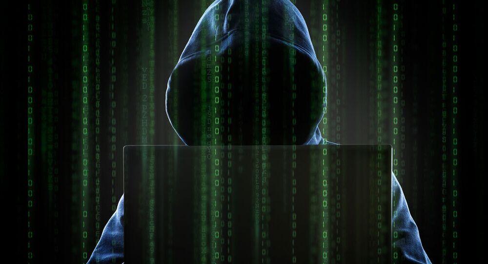 Hackerlar 1 milyar dolar çaldı