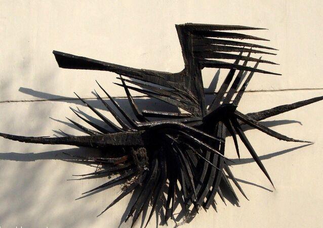 Kuzgun Acar-Kuşlar heykeli