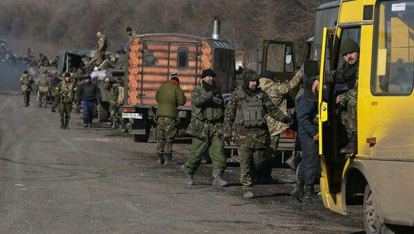 Ukrayna askeri birlikler Debaltsevo - Sputnik Türkiye