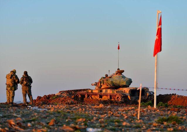 Genelkurmay Başkanlığı, Şah Fırat Operasyonunun başlangıç evresindeki intikal esnasında bir personelin geçirdiği kaza sonucu şehit olduğunu açıkladı.