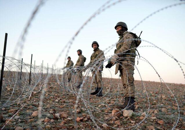 Suriye'deki Türk askerleri