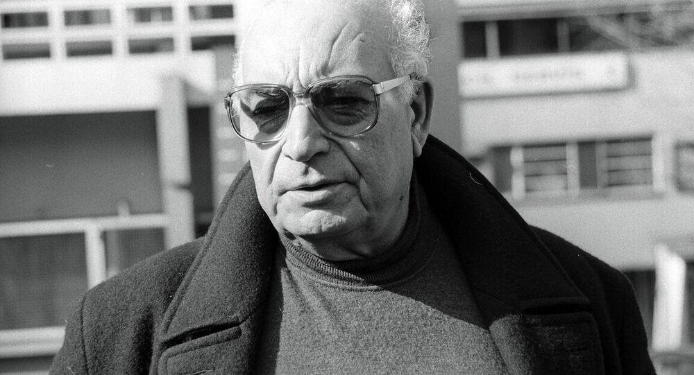 Türk edebiyatının dev ismi Yaşar Kemal 92 yaşında hayatını kaybetti.