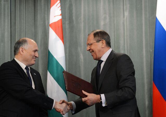 Sergey Lavrov & Viyaçeslav Çirikba