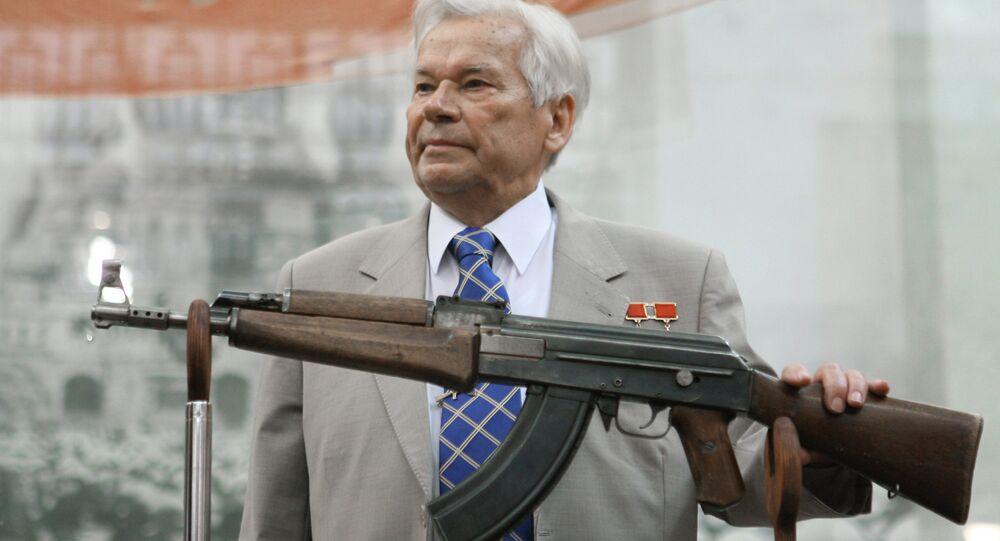 Kalaşnikof tüfeğin mucidi Mihail Kalaşnikof