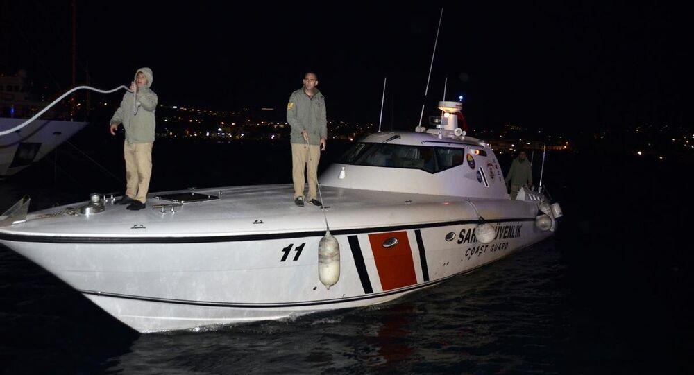 Kaçak göçmenleri taşıyan tekne