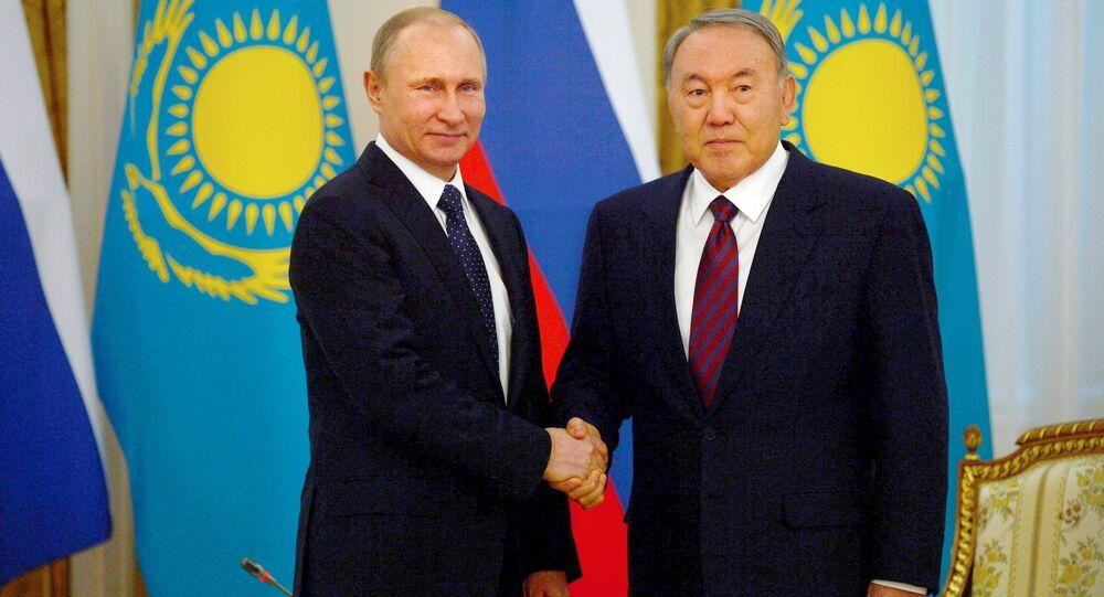 Rusya Devlet Başkanı Vladimir Putin-Kazak mevkidaşı Nursultan Nazarbayev