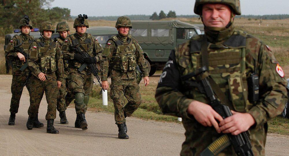 Polonya askerleri
