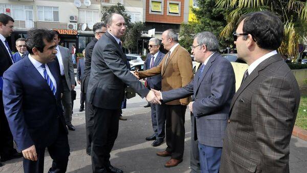 Belarus Sanayi Bakanı Vovk'tan Kocaeli Valisi'ne ziyaret - Sputnik Türkiye