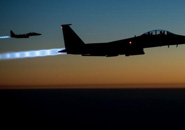 Avcı bombardıman uçağı