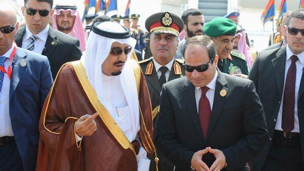Suudi Arabistan Kralı Selman bin Abdulaziz- Mısır Cumhurbaşkanı Abdulfettah el Sisi - Sputnik Türkiye