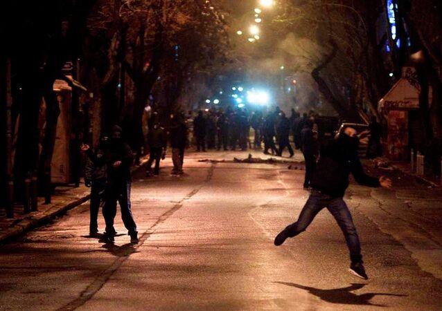 Atina'da protesto gösterileri