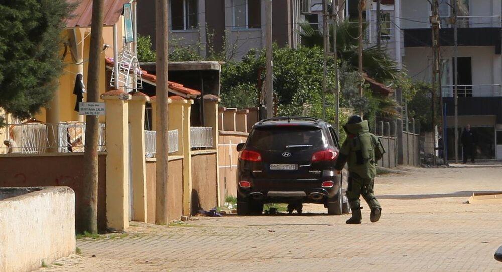 Reyhanlı'daki şüpheli paketten patlayıcı çıktı