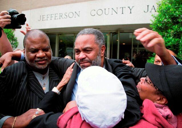 ABD'de 30 yıl sonra suçsuz olduğuna karar verilen Ray Hinton
