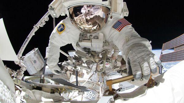 Uluslararası Uzay İstasyonu'nda uzay yürüşü - Sputnik Türkiye