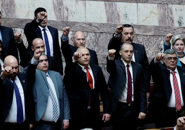 Yunanistan Altın Şafak Partisi üyeleri yargılanacak