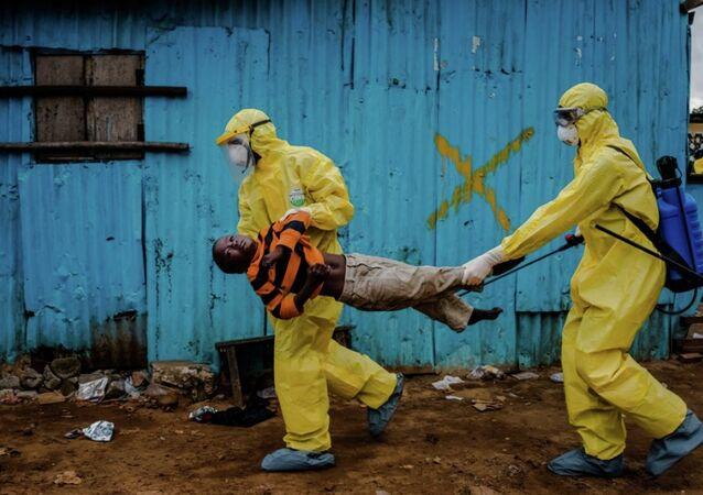 Daniel Berehulak, Ebola salgınında Liberya'da çektiği fotoğrafla Pulitzer kazandı.