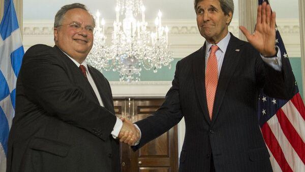 ABD Dışişleri Bakanı John Kerry ve Yunanistan Dışişleri Bakanı Nikos Kotzias - Sputnik Türkiye