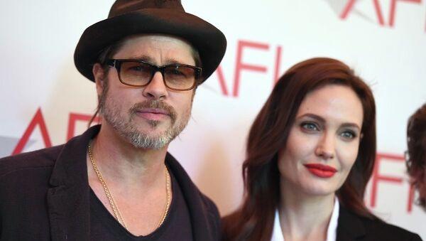 Angelina Jolie ve Brad Pitt - Sputnik Türkiye