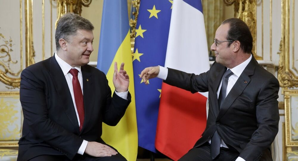 Ukrayna Devlet Başkanı Pyotr Poroşenko ve Fransa Cumhurbaşkanı François Hollande
