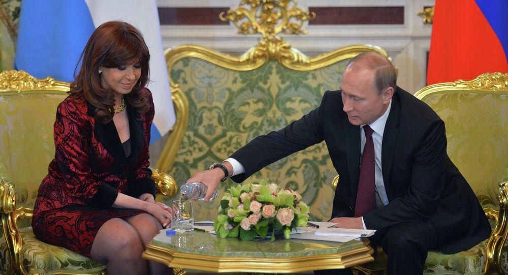 Rusya Devlet Başkanı Vladimir Putin ve Arjantin Devlet Başkanı Cristina Fernandez de Kirchner