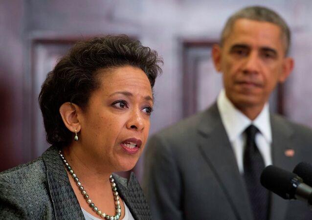 ABD Adalet Bakanı Loretta Lynch ve ABD Başkanı Barack Obama