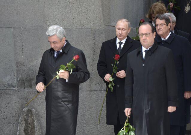 Rusya Devlet Başkanı Vladimir Putin, Ermenistan Devlet Başkanı Serj Sarkisyan, Fransa Cumhurbaşkanı François Hollande