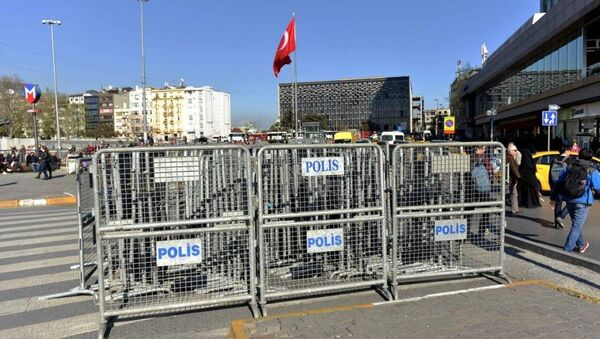 1 Mayıs polis barikatları - Sputnik Türkiye