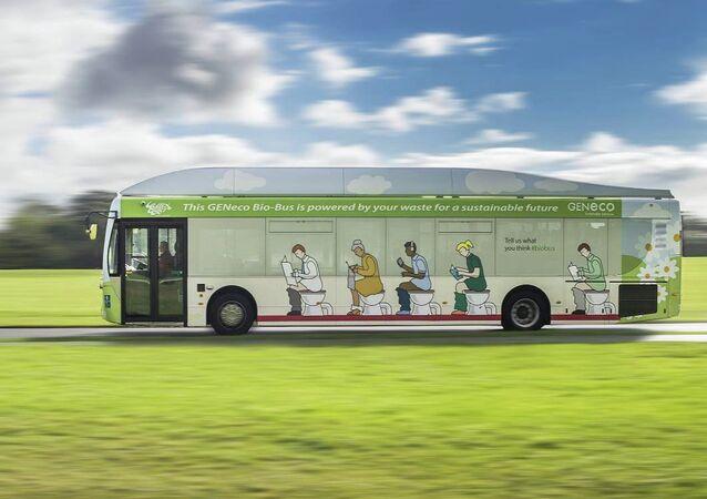 İngiltere'nin Bristol kentinde insan dışkısıyla çalışan ilk otobüs düzenli seferlerine başladı.