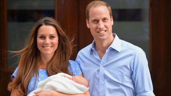 Cambridge Düşesi Kate Middleton- İngiltere Prensi William - Sputnik Türkiye
