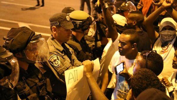 Etiyopya asıllı Yahudiler İsrail polisiyle çatıştı - Sputnik Türkiye