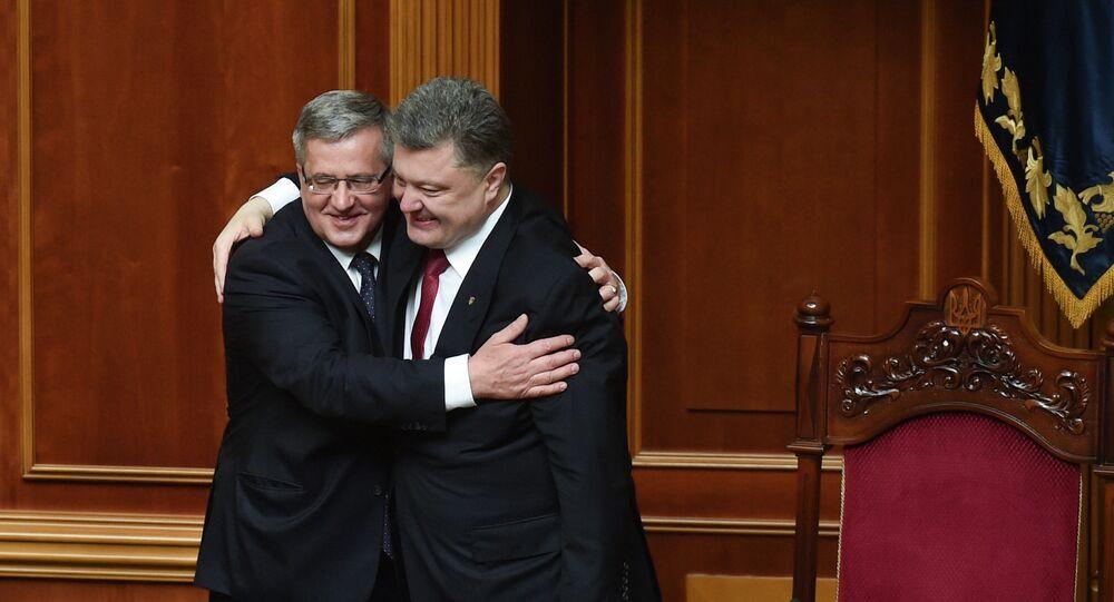 Polonya Devlet Başkanı Bronislav Komorowski, nisan başında Ukrayna parlamentosu oturumuna katılıp Devlet Başkanı Pyotr Poroşenko ile görüştü.