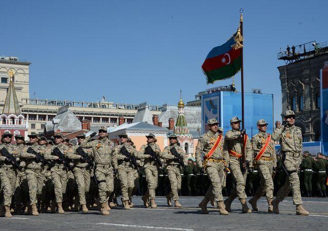 Azerbaycan Milli Ordusu askerleri