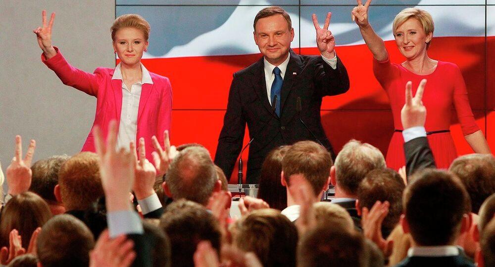 Polonya cumhurbaşkanı adayı Andrzej Duda