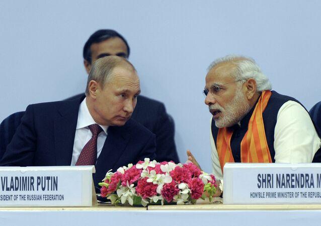 Hindistan Başbakanı Narendra Modi ve Rusya Devlet Başkanı Vladimir Putin