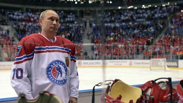 Vladimir Putin, Gece Hokey Ligi gala maçında - Sputnik Türkiye