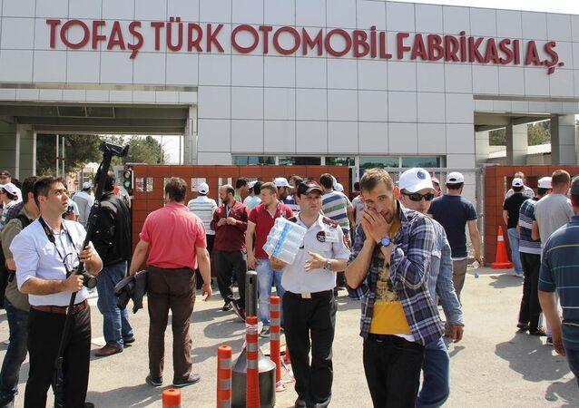 Bursa'daki otomotiv işçilerinin iş bırakma eylemi