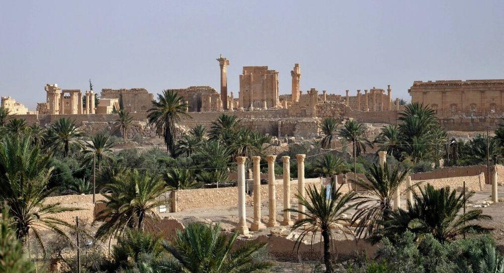 Palmira antik kentinin geçmişi neolitik çağa kadar uzanıyor.