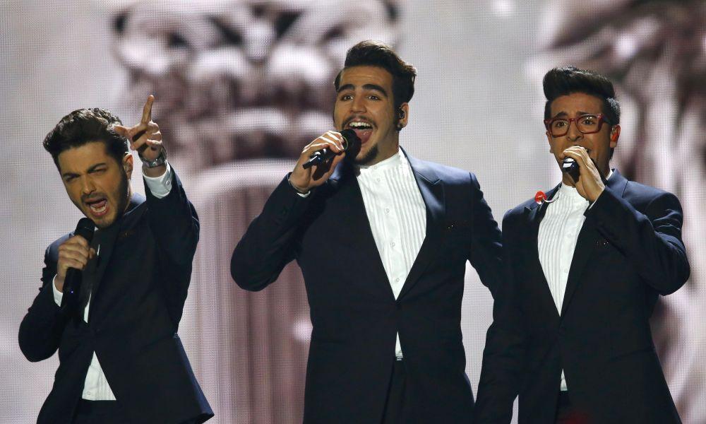 2015 Eurovision Şarkı Yarışması'nda İtalya'yı temsil eden Il Volo isimli  üçlüsü yarışmanın finalinde sahne alıyor