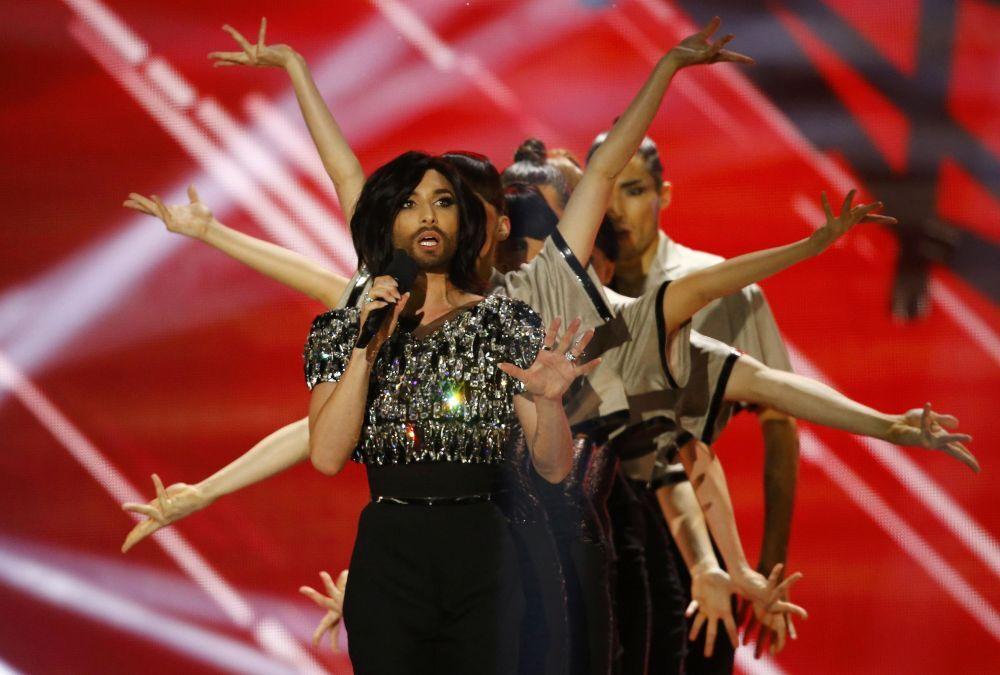 Eurovision'u geçen yıl kazanan Conchita Wurst 2015 Eurovision Şarkı Yarışması'nın finalinde sahne alıyor
