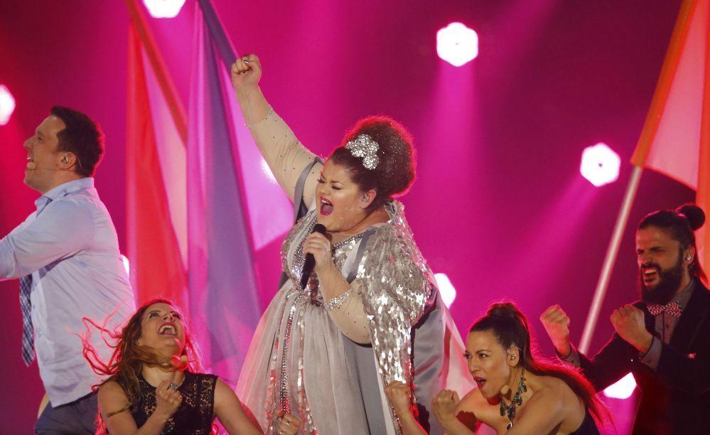 2015 Eurovision Şarkı Yarışması'nın Sırp temsilcisi Bojana Stamenov yarışmanın finalinde