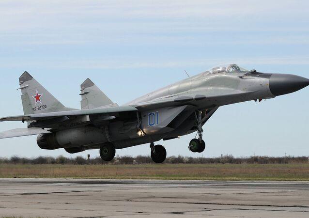 MiG-29 avcı uçağı