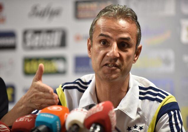 Fenerbahçe'de teknik direktör İsmail Kartal