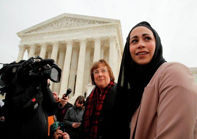 ABD'de kapalı olduğu için işe alınmayan Samantha Elauf