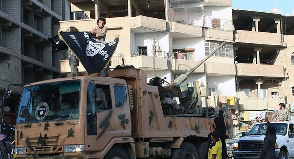 Rakka - IŞİD militanları