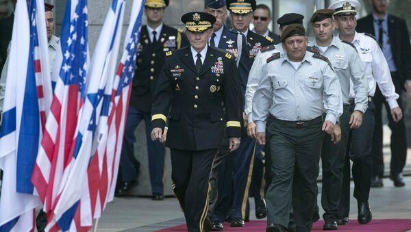 ABD Genelkurmay Başkanı General Martin Dempsey ve İsrail Genelkurmay Başkanı General Gadi Eisenkot - Sputnik Türkiye